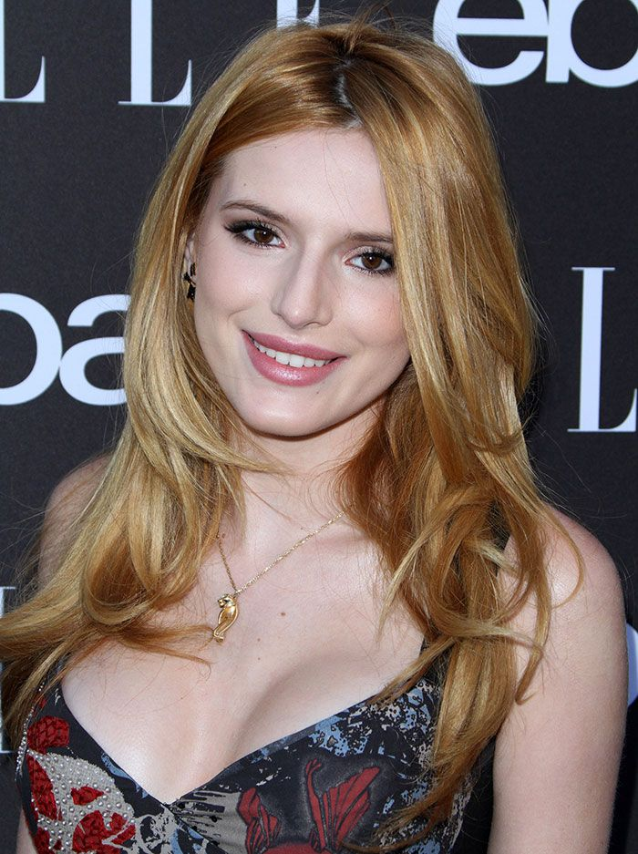 Bella Thorne Cleavage Nude Photos 52