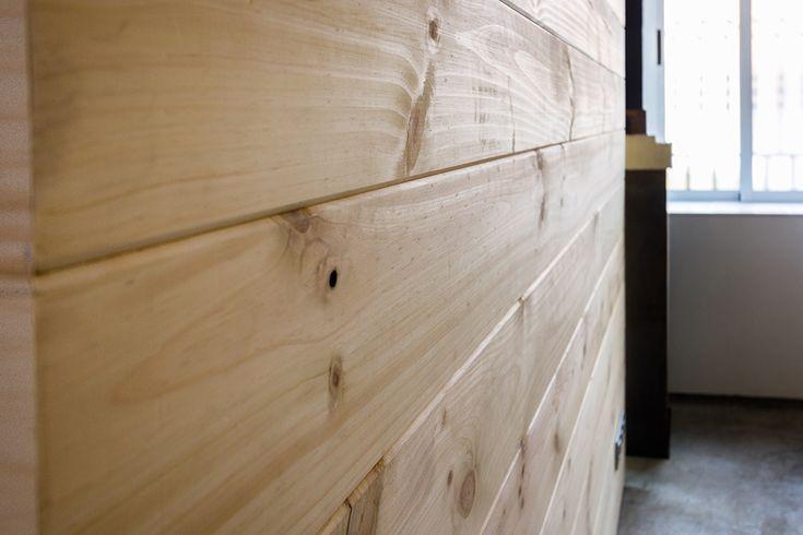 Chiralt Arquitectos I Revestimiento de madera para oficina moderna. Proporcionando confort.