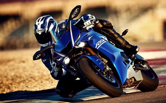 """""""2018 Yamaha R6 Review"""""""