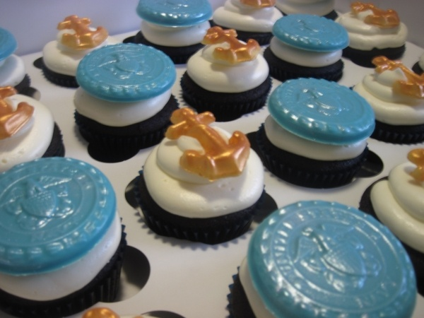 how to make navy blue icing