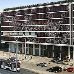 Nordic Hotel Forum on tasokas ja elämää sykkivä hotelli, joka sijaitsee aivan Tallinnan ydinkeskustassa Rotermanni-korttelin ja Vanhankaupungin välissä. Hotellin lähellä on kaikki Tallinnan keskustan palvelut ja mm. Viru Keskus ostosmahdollisuuksineen sijaitsee vastapäätä. #eckeröline #tallinna #nordichotelforum  #estonia #viro