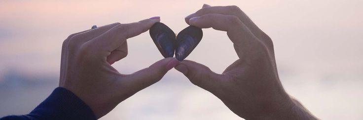 És jön valaki, aki segít neked kinyitni újra, egy segítő – persze szerelem is lehet, de az csak részben megoldás -, akkor érzed meg, hogy tényleges fizikai fájdalommal jár...