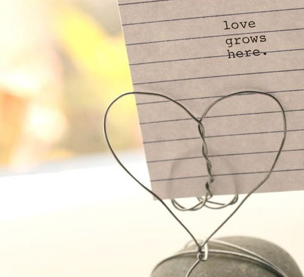 DIY Rock + Wire Heart Place Card Holder