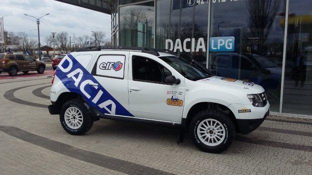 Pierwsze samochody do nowej serii rajdów #Dacia #Duster Elf Cup odebrane https://www.moj-samochod.pl/Sporty-motoryzacyjne/Pierwsze-terenowe-Dacia-Duster-odebrane #DaciaDusterElfCup