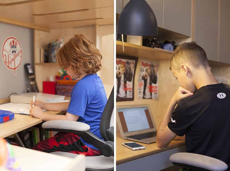Each one has their own working space in opposite sides of the room. Teens like Harrison and Holden benefit a lot from a work area of their own, making it easy for them to be creative and independent. #CasaKids #KidsFurniture