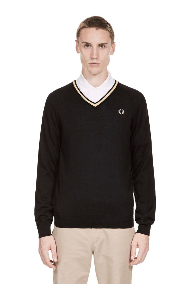 Fred Perry - Reissues Single Tipped V-Neck Jumper Black/Champagne