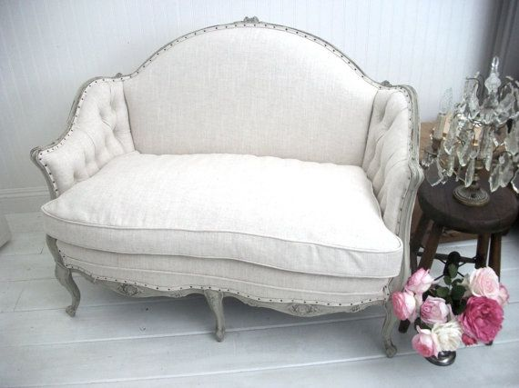 vintage settee -- would be so cute in a corner of the dining room!