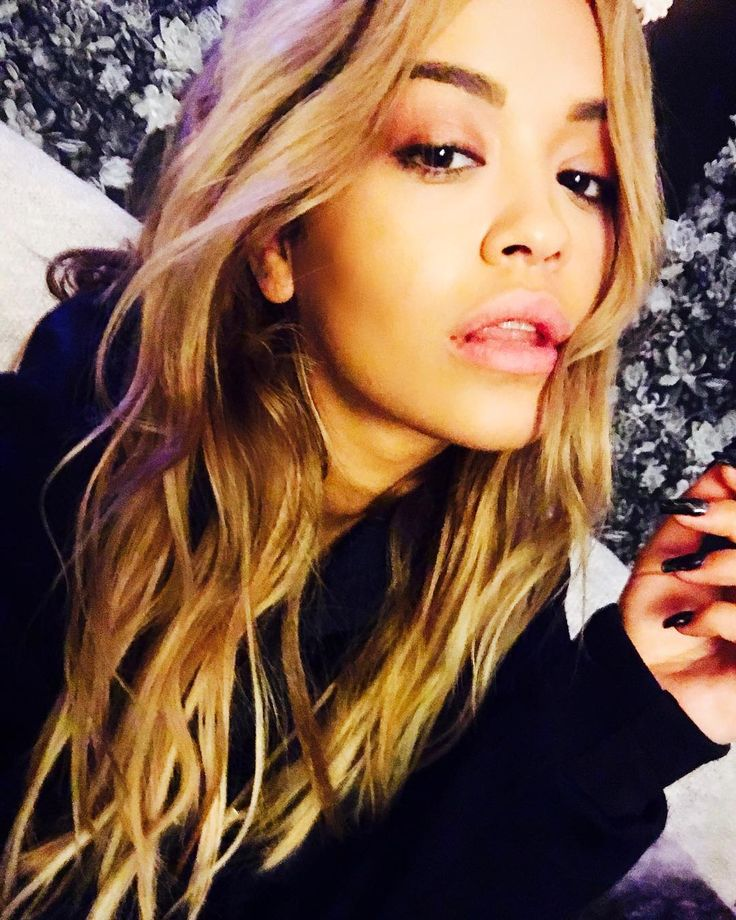 Rita Ora's selfie