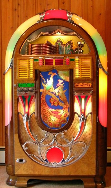 1941 Wurlitzer Peacock Jukebox. This is the first jukebox to use an electric selector as oppose to a mechanical one.