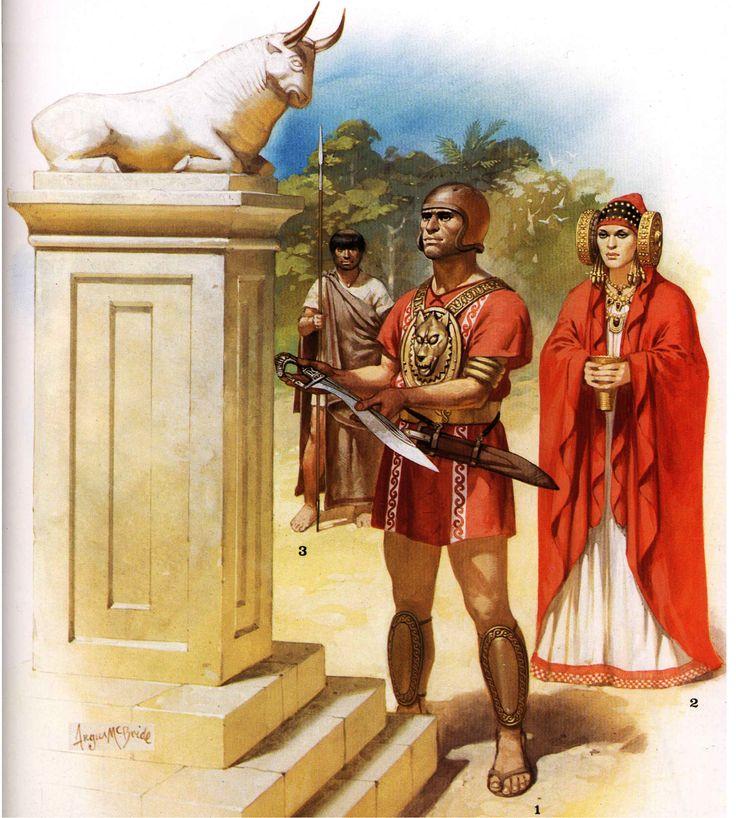 Íberos siglo II AC. Se reconstruye una ceremonia en la que un guerrero solicita la bendición para su falcata ante un altar. Jefe íbero posiblemente oretano por el color rojo de la túnica, lleva un pectoral con el lobo; 2 dama que lleva un tocado similar a la Dama de Elche, posiblemente sea una sacerdotisa; 3 guerrero iberico. Autor Angus McBride para Osprey