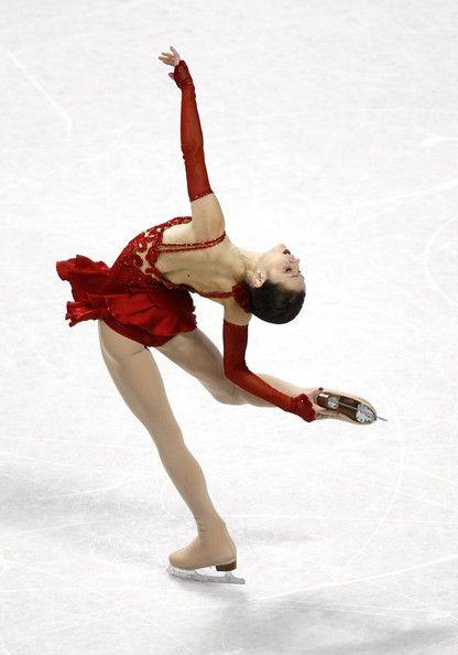 "Sasha Cohen performing her ""España Cañi"" short program at the 2010 US Nationals: Figure Skating, Photo Credit, Sport Figureskating, Red Dresses, Ice Skating Dresses, Laybackspin Figureskating, Photography People, Figureskating Sashacohen"