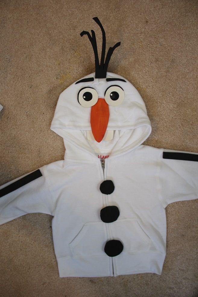 Valk on mimi making sweatshirt Olaf TOOTHless 016.JPG