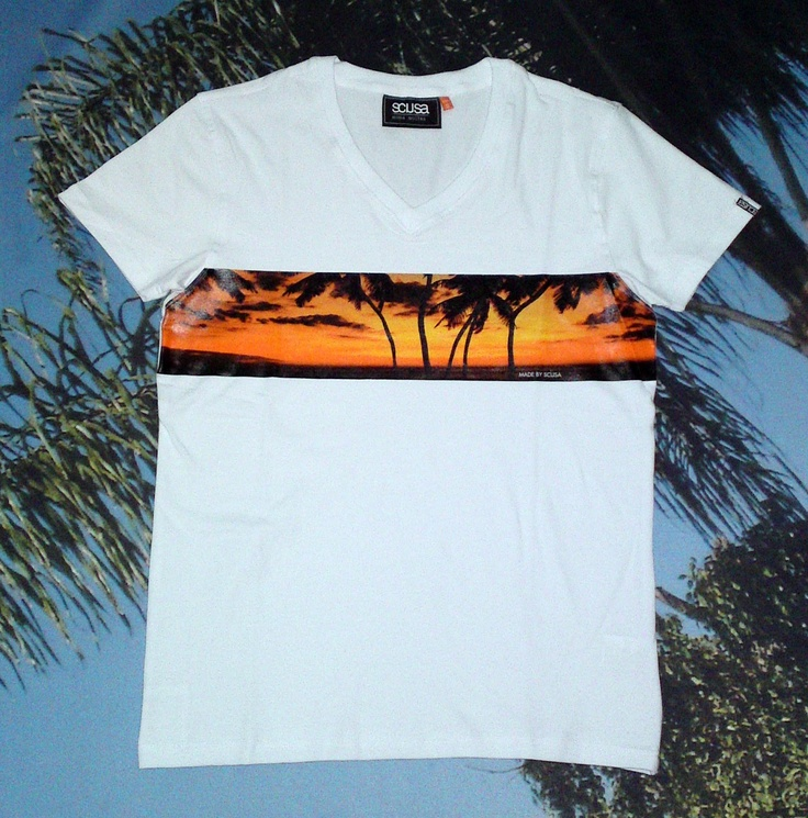 TONI MONTANA SUNSET muscle fit v-neck tee Made by SCUSA in FRANK WHITE more info: www.scusa.com