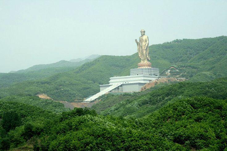 Spring Temple Buddha , город Luyang, 河南