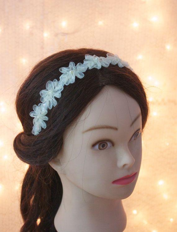 champagne flower headband with pearls and beads, Wedding headpiece, flower girl headband, bridesmaid hair accessory.