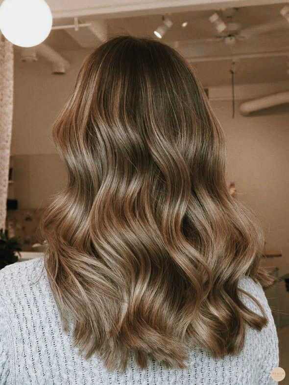 Pin By M E L V A On Naiya Hair Styles Honey Blonde Hair Cool Hairstyles