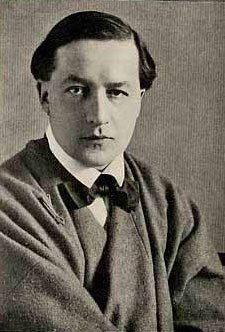 Эдмунд Дюлак.