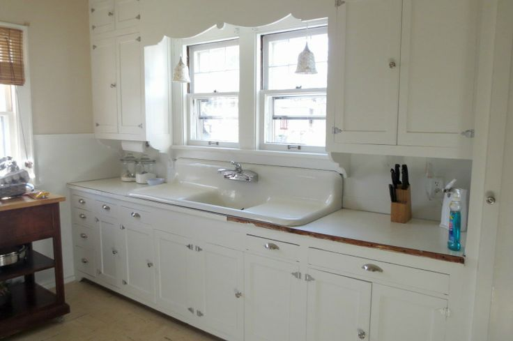 286 best antique sinks images on pinterest cottages for Kitchen cabinets 08094