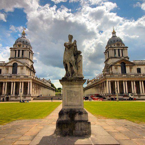 Quando a Roma Antiga parece renascer em Londres. #ilovelondon #abussolaquebrada #london #inglaterra #viagem #viajar #travel #ornc #naval #museu #maritime #england #londres #oldroyalnavalcollege #nationalmaritimemuseum
