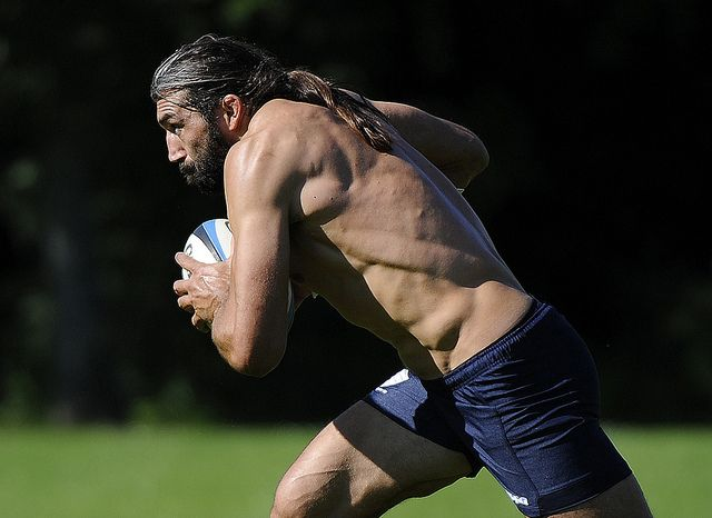 Sebastien Chabal. Did you know that muscle looked like that??? I didn't either...