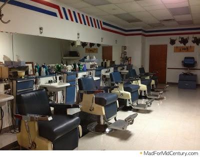 25 best ideas about old school barber shop on pinterest barber shop barbers and barber shop nyc. Black Bedroom Furniture Sets. Home Design Ideas