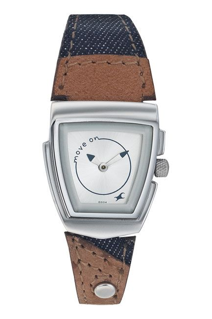 A trapezoid shaped case, 6021SL01 has a silver dial with contrast camel and deep blue cowboy straps. Denim from Fastrack     http://www.fastrack.in/product/na6021sl01/?filter=yes=2=995=2295=4&_=1339957488152#
