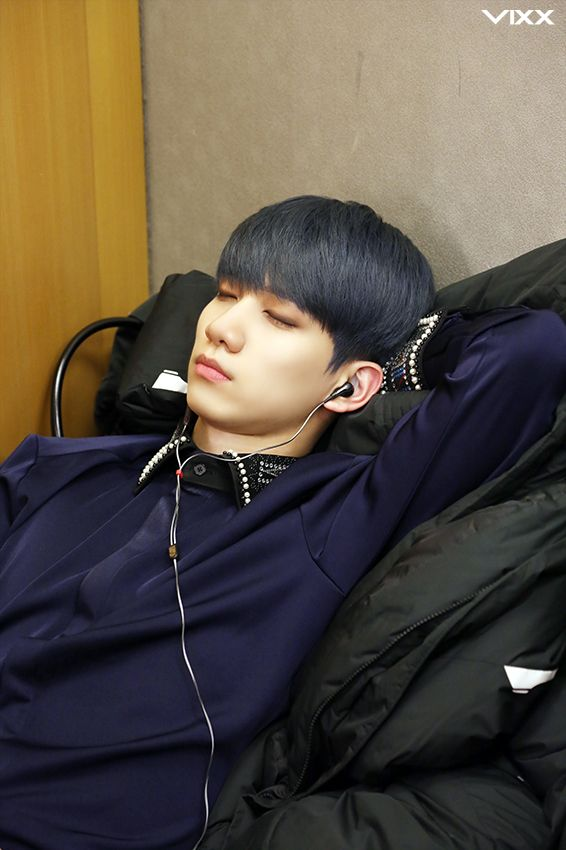 sleeping prince like suga from bts