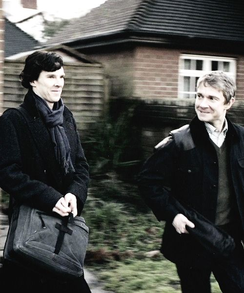 Sherlock and John in the Great Game... look how pleased with himself John looks.. Sherlock is about to do the mashed-potato on his theory.