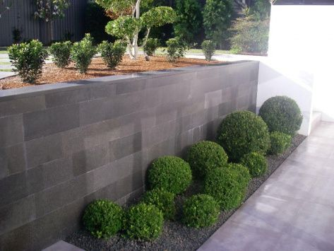 Eco Outdoor - Walling - Traditional Format - Bluestone Honed
