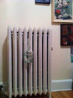 dlittlegarden: radiator humidifier
