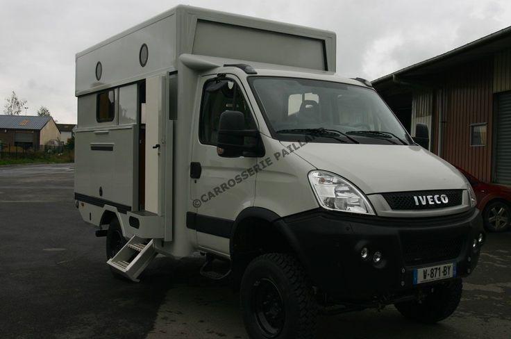 camping-car poids-lourd-iveco daily 4x4 avec toit rhaussable
