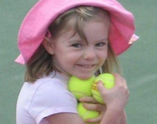 Waar is Maddy ????De 3-jarige Britse Madeleine McCann verdween op 3 mei 2007 uit haar slaapkamer tijdens een vakantie in Portugal. Haar ouders waren uit eten met vrienden en lieten hun drie kinderen in het appartement. De ouders werden formeel als verdachte gezien. De zaak werd al snel wereldnieuws toen ook de ouders de media opzochten.