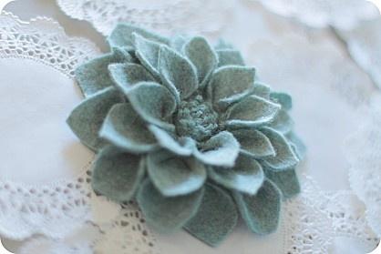 fleurs-en-tissu-9335.JPG