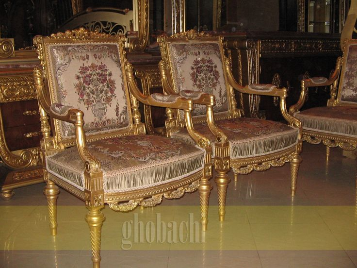 French Reproduction Based Order For Furniture Showrooms