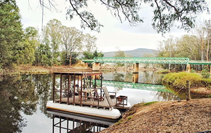 The Barge at Stormsvlei Riverside Cottages