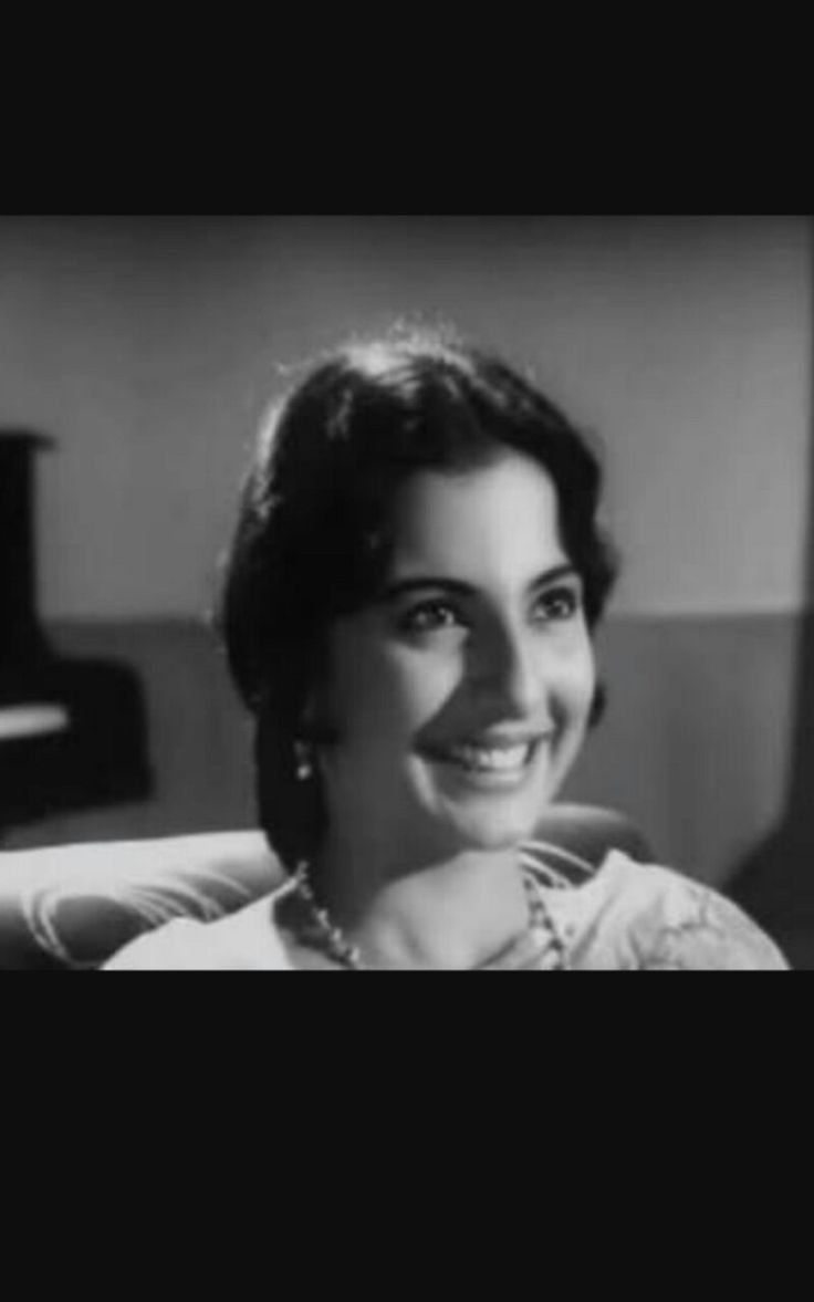 Tanuja  ( born 23 sep  1943) married to shomu mukherjee   did bengali films  A still from deya neya