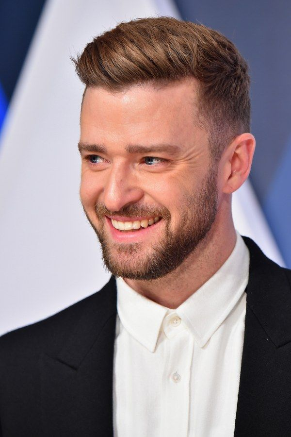 Justin Timberlake Pause Tendresse Avec Son Fils Silas Photo Coiffure Homme Mode Coiffures Hommes Classiques Coiffure Homme
