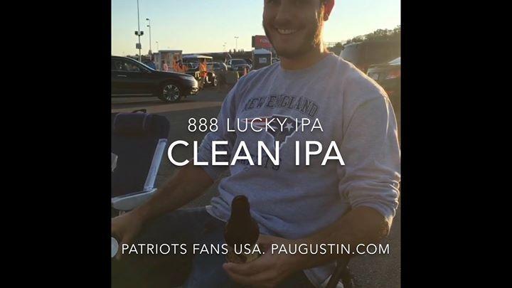"""Después de una gira mundial triunfante para promover el 888 Lucky Beer heck en Washington DC. Estoy orgulloso de seguir los pasos de mis antepasados de mi país natal Haïti que lucharon junto a Simon Bolivar por la liberación y la independencia de Venezuela Columbia Ecuador Perú Bolivia y otros. Yo los invito a probar esta cerveza """" 888 Lucky Beer """" preparada en Washington DC que tiene la aprobación de todos los paises donde se apresentados. Esta es una de las mejores cervezas del mundo…"""