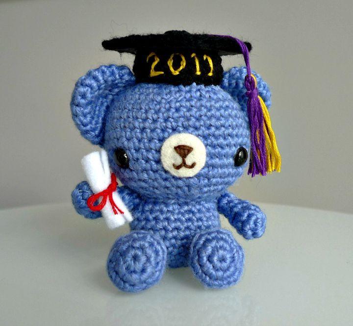 How To Crochet Graduation Teddy Bear - Free Pattern