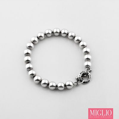 #musthave: #migliodesignerjewellery's Petite #silver bead #bracelet available in various sizes. B1255 S/M contact me for orders