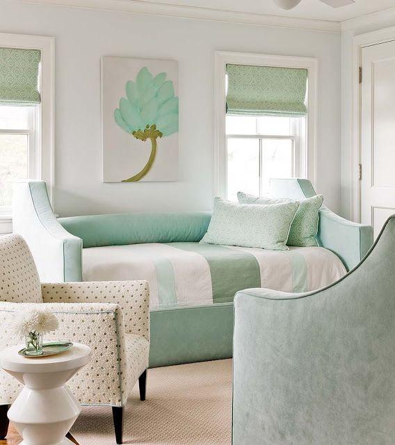 In My Style Home And Garden Kolory We Wnetrzu Czyli Jaki Kolor Scian I Dodatkow Wybrac Do Pokoju Dzie Mint Green Bedroom Green Room Decor Monochromatic Room