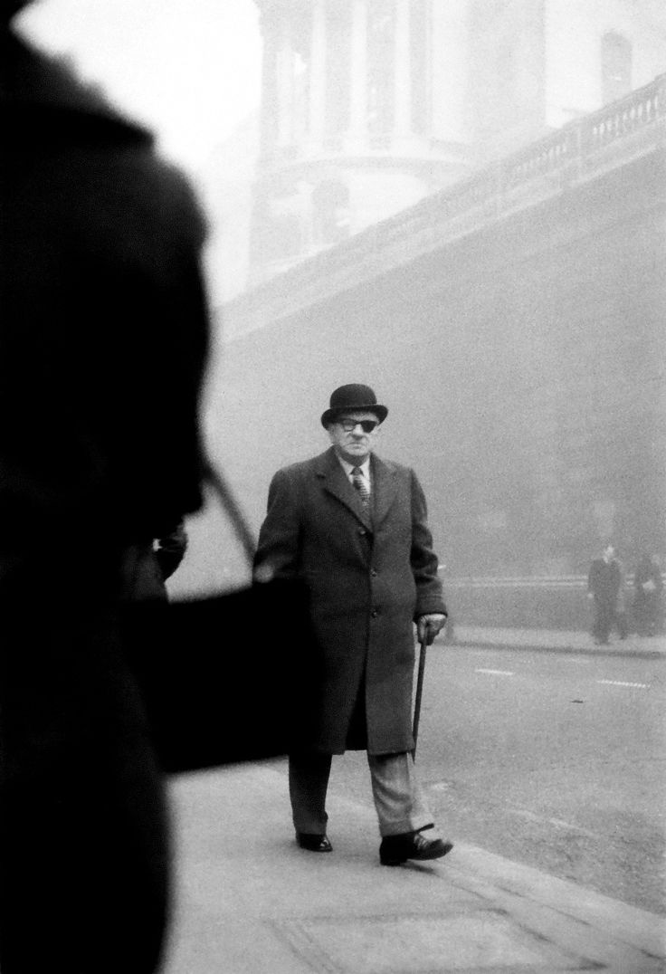 "London, 1959  Photo by Sergio Larrain, from ""London 1958-59""  ***please don't repost this as your own"
