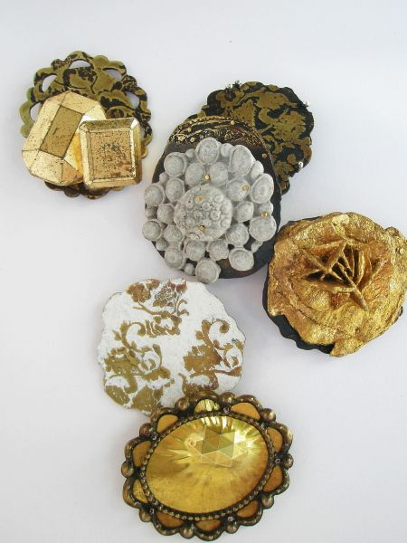 Sarah Read: Anagram: gold group (Resin, brass, gold leaf, paint)