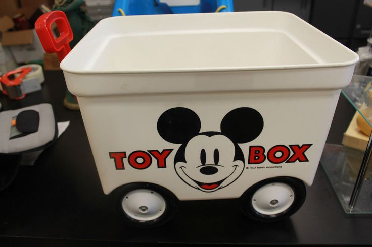 17 best images about somewhere to put all those toys more on pinterest toys baby snoopy and. Black Bedroom Furniture Sets. Home Design Ideas