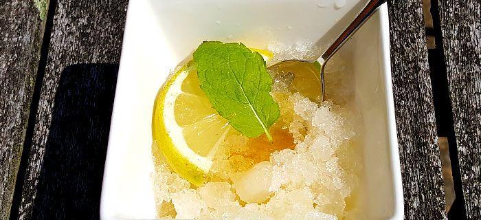 Gratine van ice tea met honing en citroen. Een heel makkelijk receptje dat toevallig ook nog eens heel lekker is.