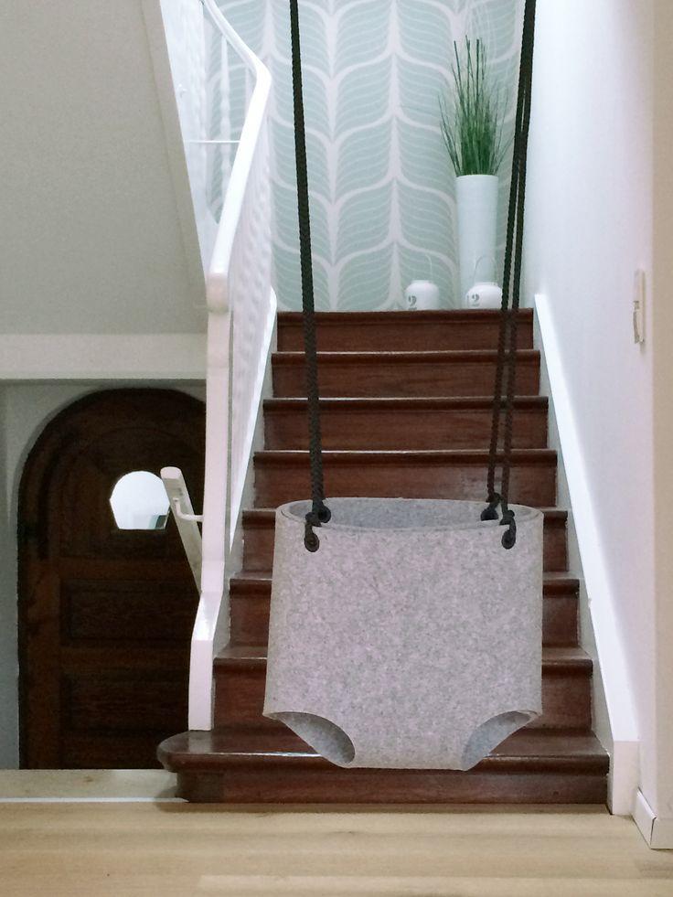 die besten 25 babyschaukel ideen auf pinterest. Black Bedroom Furniture Sets. Home Design Ideas