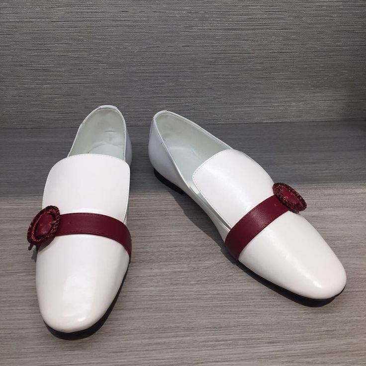 Brand Charles Keith Color White Price 300 000 Size 37