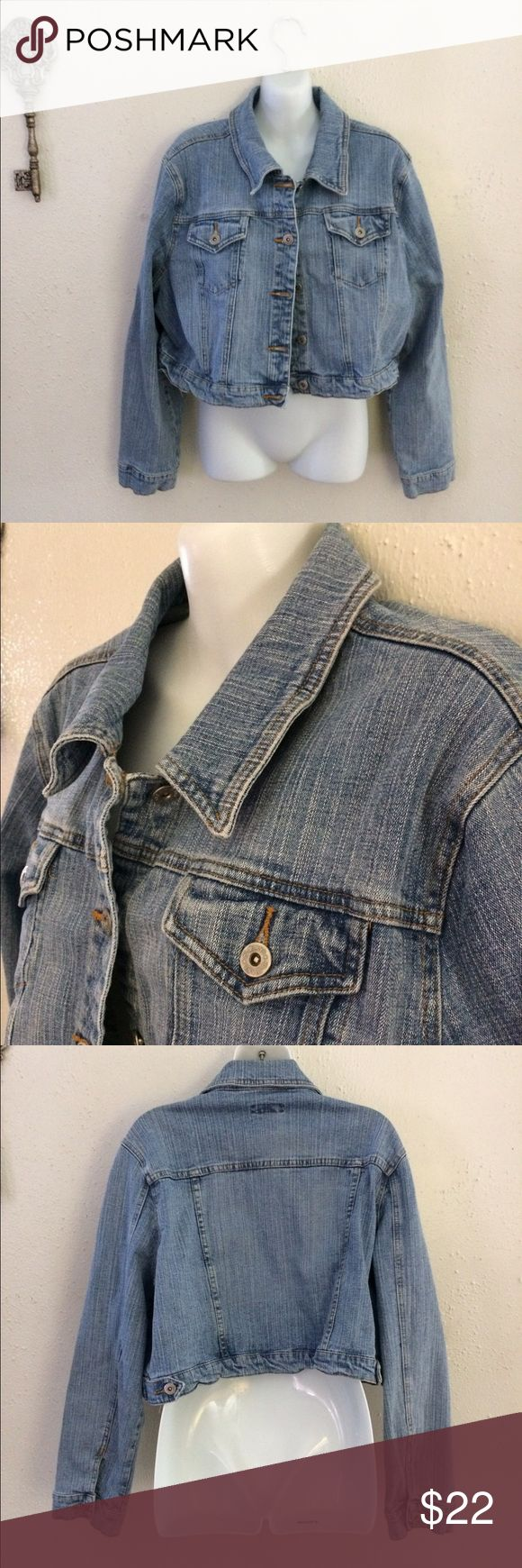 "Plus women's crop Jean jacket EUC Plus size women's crop Jean jacket! 20"" across chest laying flat x 16.5"" from shoulder to bottom and 23.5"" sleeve length HI-Jeans Jackets & Coats Jean Jackets"
