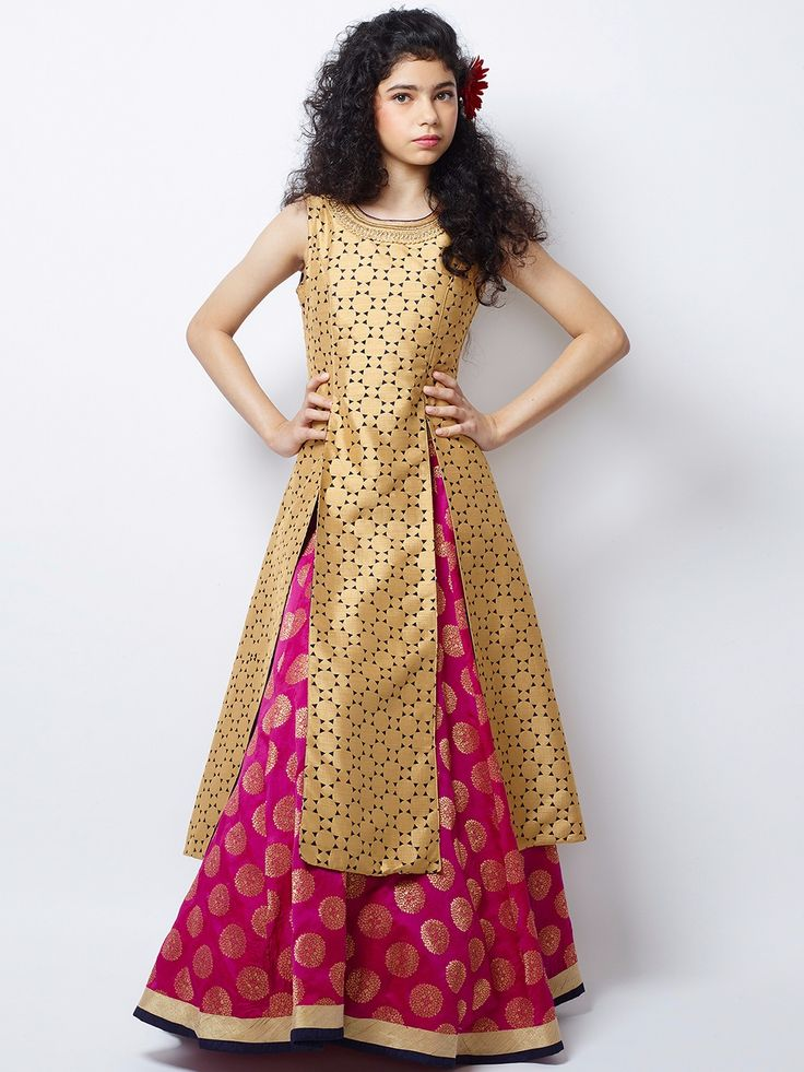 Shop G3 Exclusive magenta silk wedding wear nice lehenga choli online from G3fashion India. Brand - G3, Product code - G3-GCS0292, Price - 7595, Color - Magenta, Fabric - Silk,