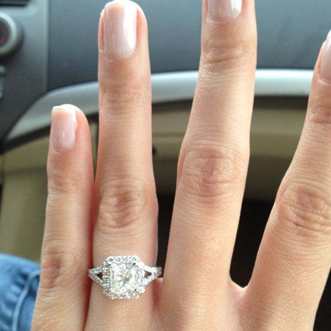 "10 Steps To A Better Engagement Ring Selfie - The Knot Blog (alexa note: I just like the ring, I honestly don't care about ""ring selfie"" tips #oops)"